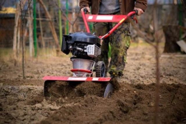 Traktor Garu Piring